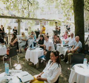 65/72  6. Novinarska konferenca na Pergoli