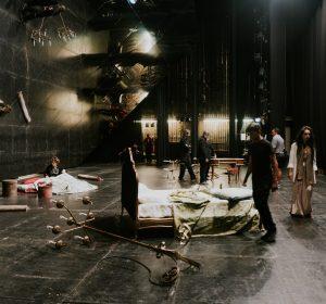 15/72  traviata ogledalo